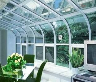 建筑玻璃功能增多