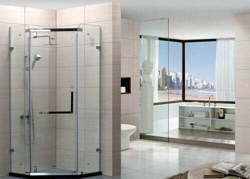浴缸上浴淋浴房屏等;按底盘的形状分方形,全圆形,扇形,钻石形淋浴房等