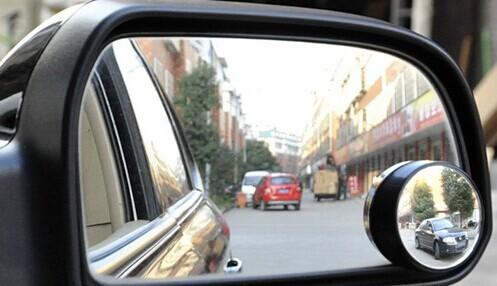如果车内后视镜安装的角度不对