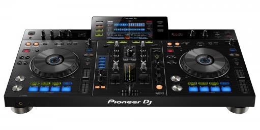 Pioneer 发布 XDJ-RX 一体化 DJ 设备