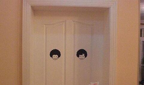柚木卧室门装修效果图
