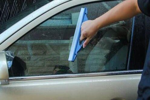 佳百丽洗车刮水板解决洗车玻璃的各种烦恼