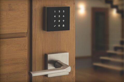 Kwikset全新智能门锁 无锁孔根本不用钥匙