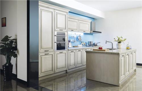 中国十大橱柜品牌箭牌为你打造一个欧式的贵族厨房