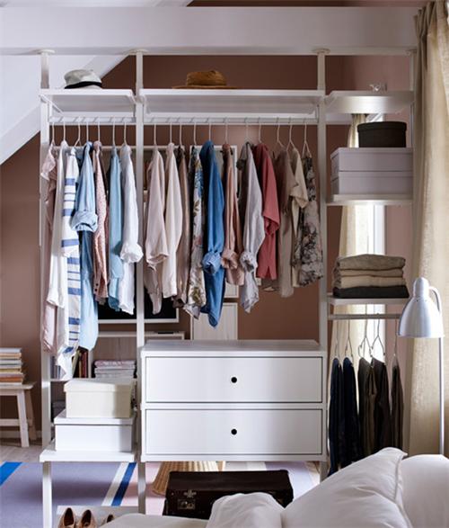 开放式衣柜   属于小户型的时尚单品