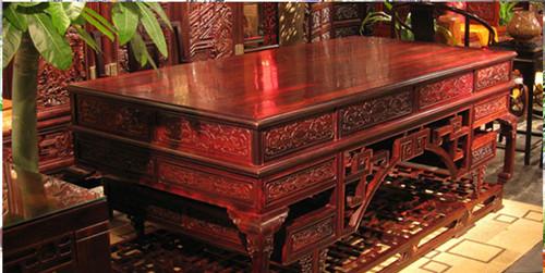 红木家具怎么挑?敲面芯板居然可以知道家具厚度!