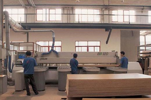 """广东家具业加速""""机器换人""""生产自动化程度达60%"""
