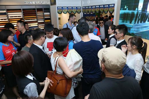 买橱柜送衣柜 司米橱柜牵手米卢玩转世界杯营销