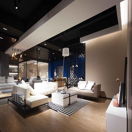 纳威家居线下展厅惊艳亮相佛山,打造完美购物体验