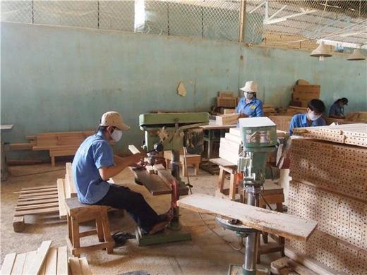 在东南亚开家具厂,听听过来人怎么说?