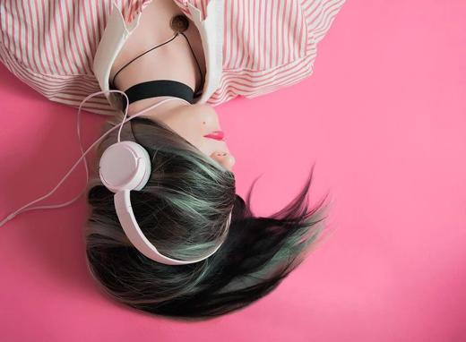 无法拥有天籁之音的嗓子,耳机给你心灵的升华