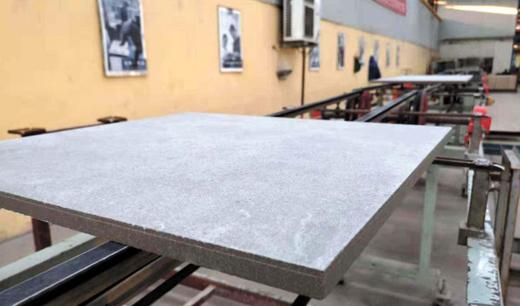 日产3万㎡,淄博已有3家陶企转产2公分厚砖