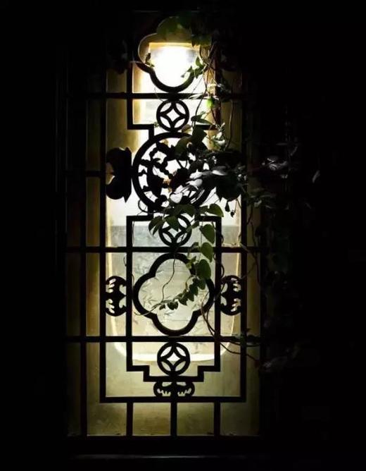 红木古典传承的现代窗景,欲说还休的中式美学