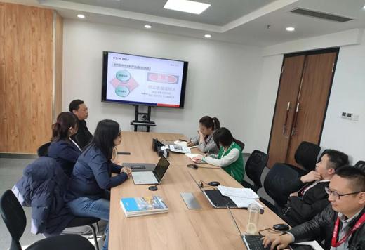 亚士品牌地坪漆新疆团队开展了地坪漆行业专业交流会