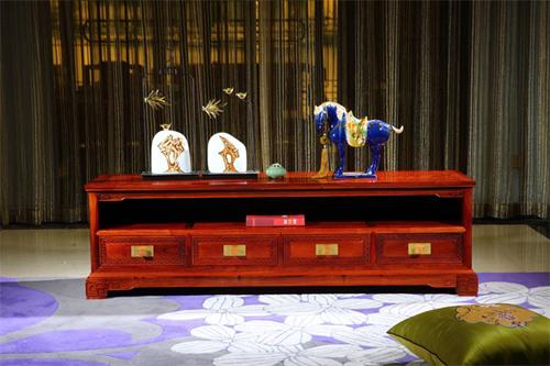 红木家具定制:不止是艺术品,更是生活的态度