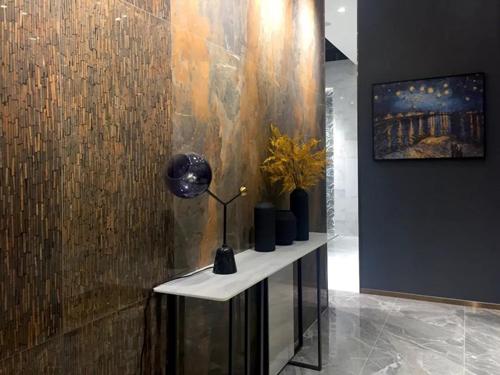 梵高连纹大板「咖啡馆」贵气天成的冲击视觉