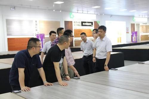 热烈欢迎上海全筑建筑装饰集团股份有限公司领导莅临莫干山考察